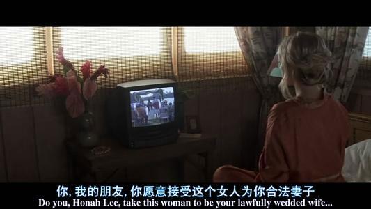 通过录像女主角知道了自己的真相,然后开始全新的一天生活