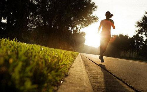 早睡早起益健康的七大好处
