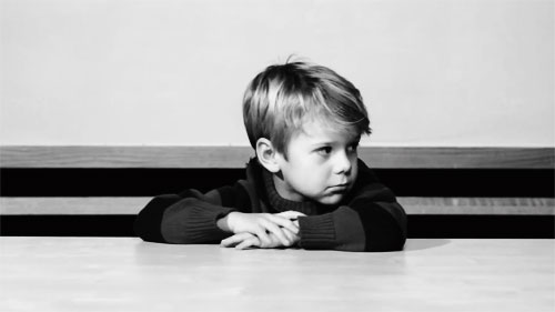 那些与父母关系不太好,小时候成长家庭环境不太好的人